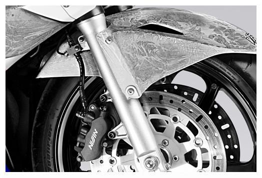 motocykl Honda VFR 800 przed wypadkiem, packshot, fotografia reklamowa, katalogowa - www.Fotografia.kmpolska.pl